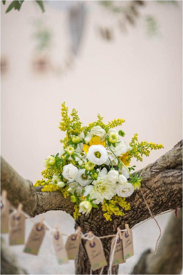 yellow white wedding bouquet