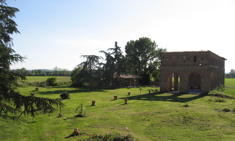 Abbaye et Halle leger