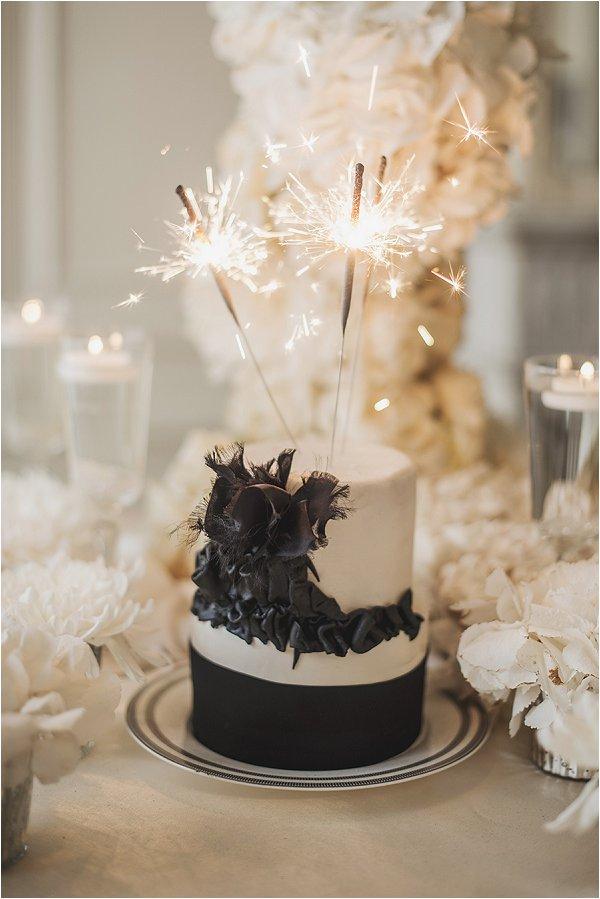 sweet black and white wedding cake