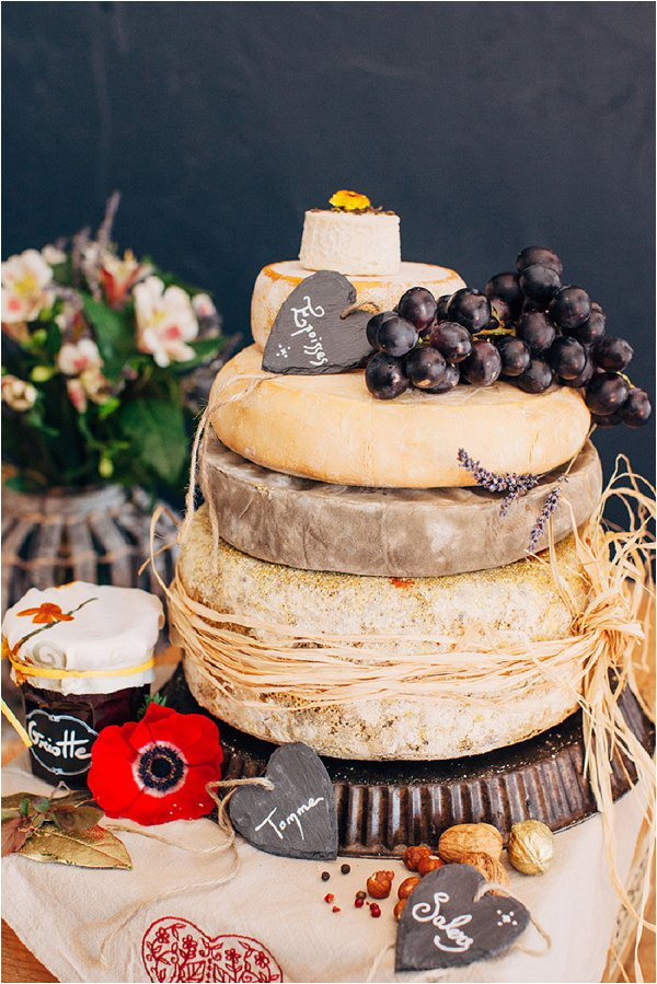 Cake of cheese wedding cake