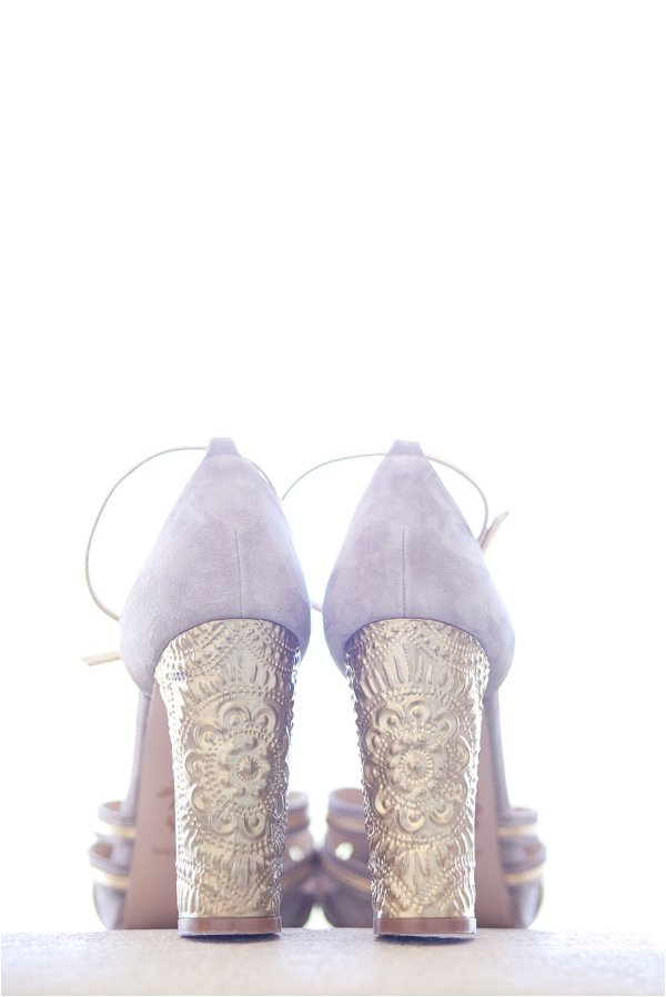 gold heel wedding shoes