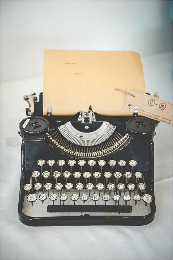 vintage typewriter for wedding notes