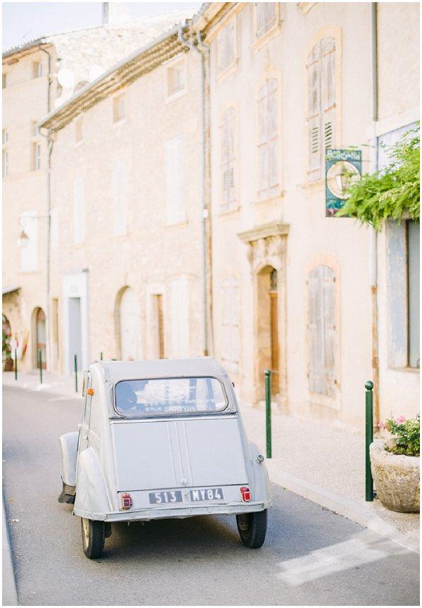 French 2 cv car