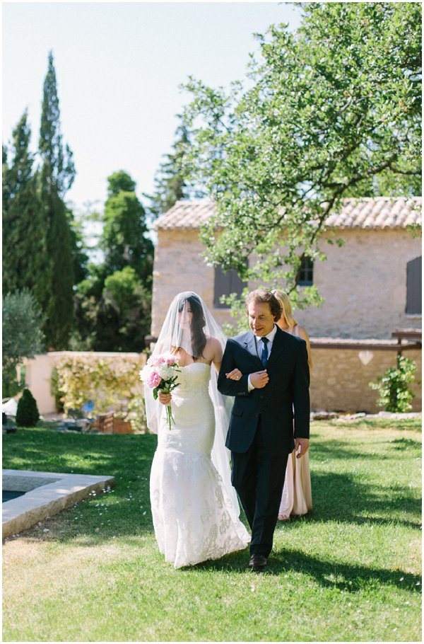 plan a wedding in Provence