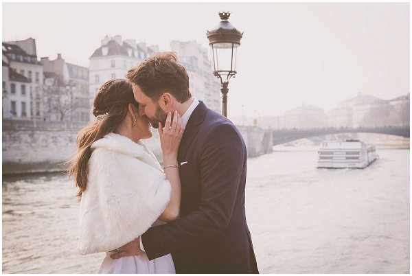 romantic wedding River Seine