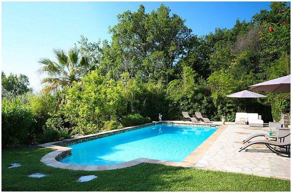 Airbnb villa competition