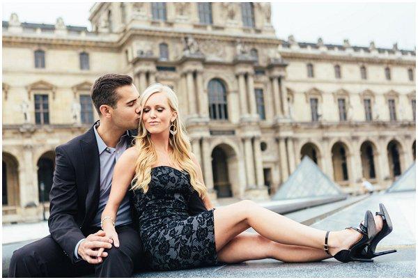 couple portaits in Paris