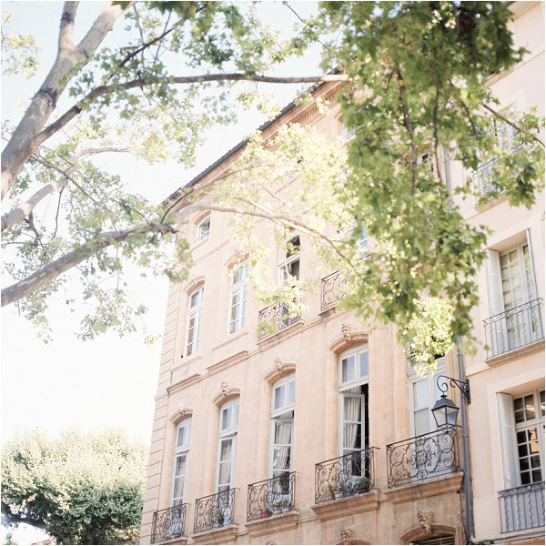 traveling to Aix en Provence