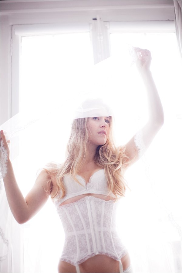 Paris bridal boudoir photography