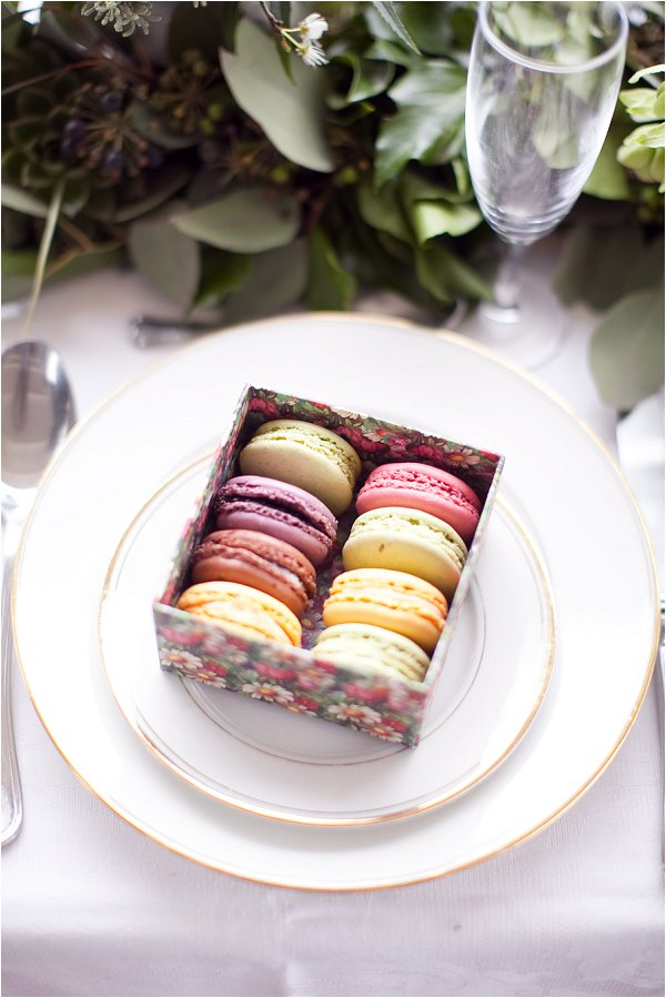 box macaron wedding favors