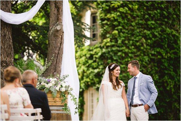 wedding-ceremony-at-chateau-malliac