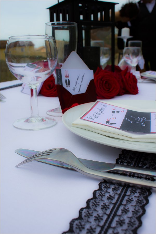 red white black table setting
