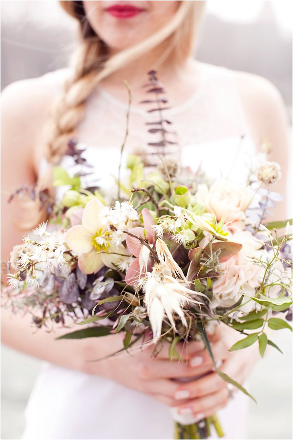 rustic wild wedding bouquet