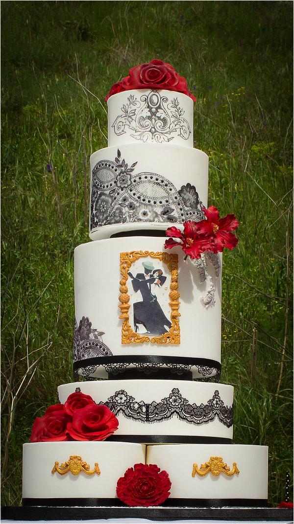 tango wedding cake