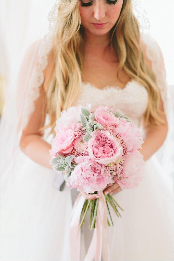 breathtaking romantic bridal portraits
