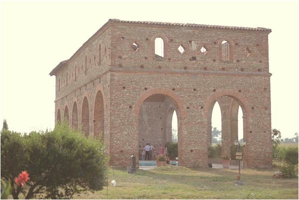 old abbey ruins wedding venue