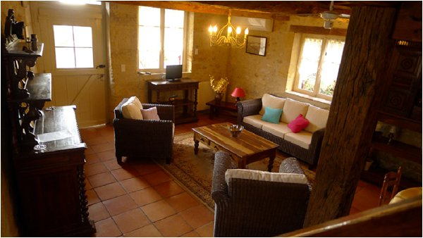 places to stay near Bordeaux
