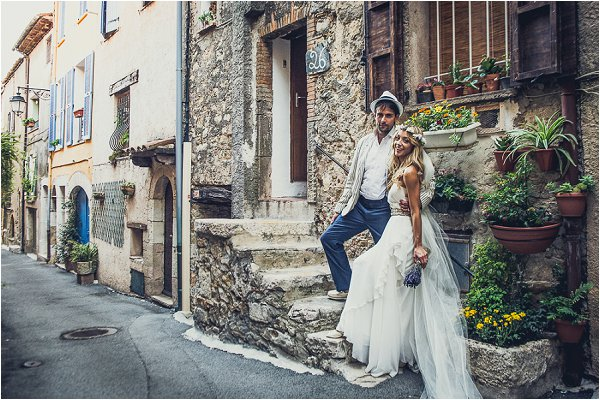 planning a wedding in Provence