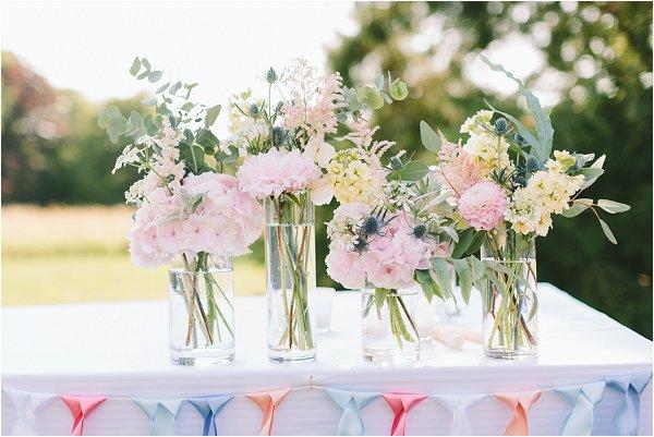 pretty garden wedding flowers