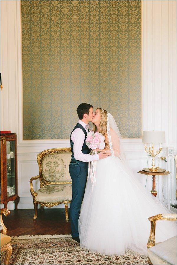 romantic Monique Lhuillier wedding dress