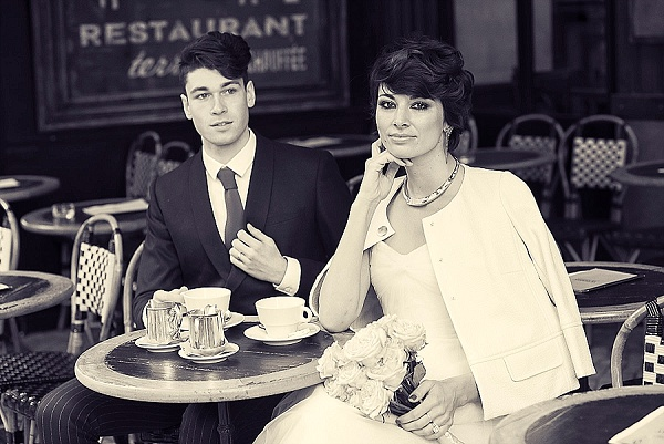 Paris cafe wedding picture ideas
