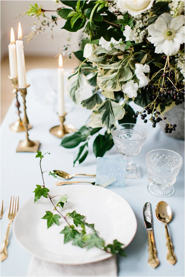 ivy and dogwood wedding flowers
