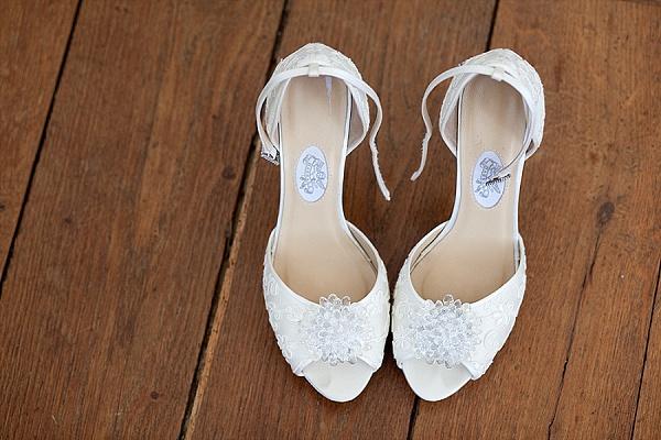 Ankle strap bridal shoes