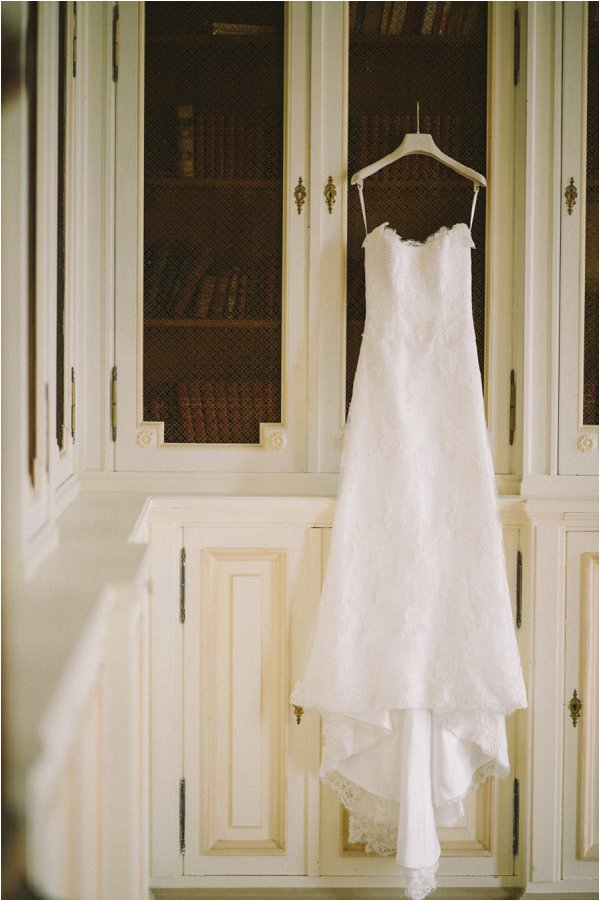 Stuning Stephanie Allin gown waiting for the bride