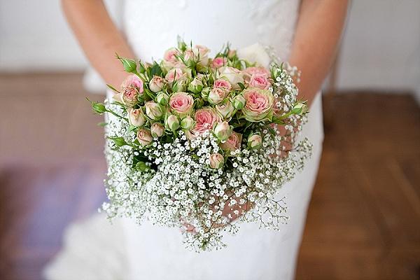 Sweet rose and gypsophila bouquet