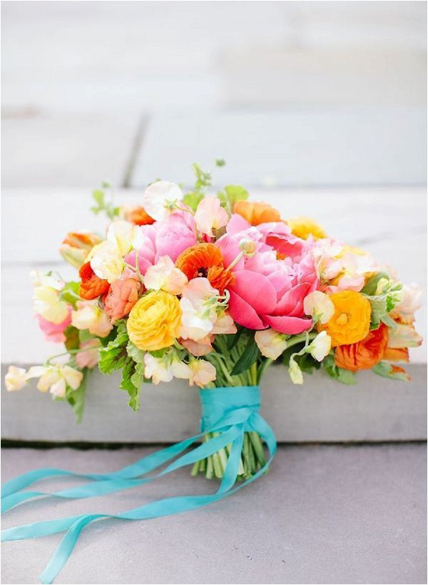 clashing colour bridal bouquet - Jodi Miller Photography