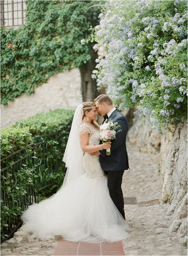 INTIMATE WEDDING AT CHATEAU DE LA CHEVRE D'OR