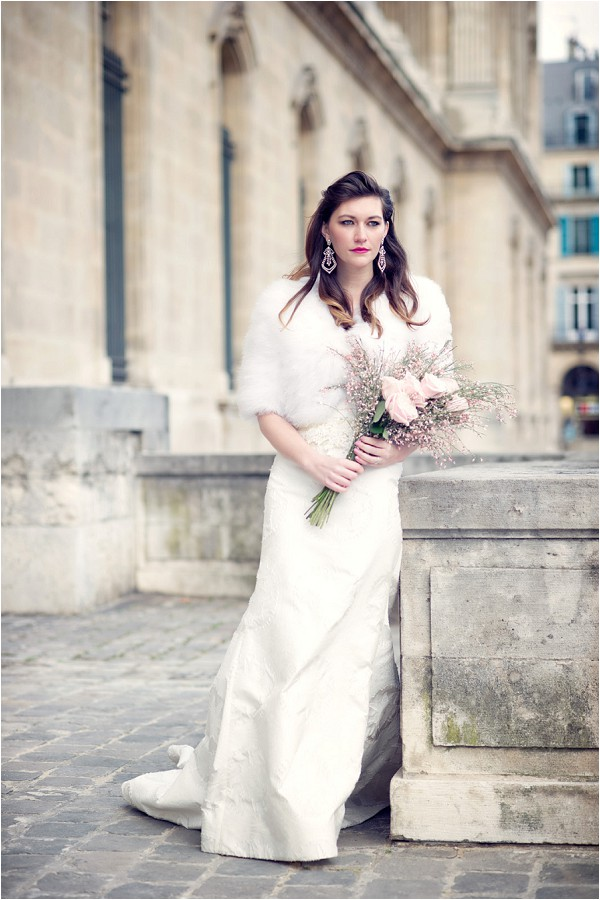 wedding dress rental Paris
