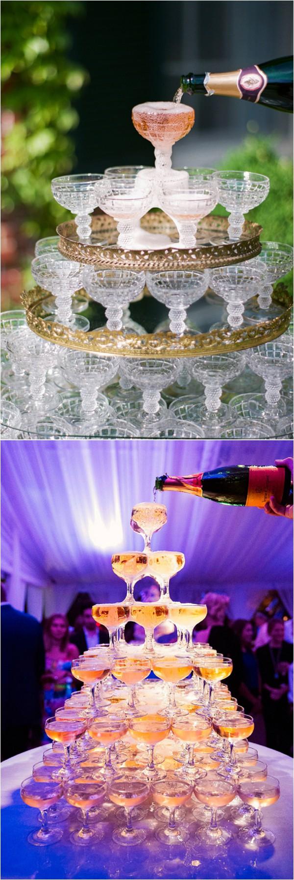 La fontaine à Champagne -Champagne tower.