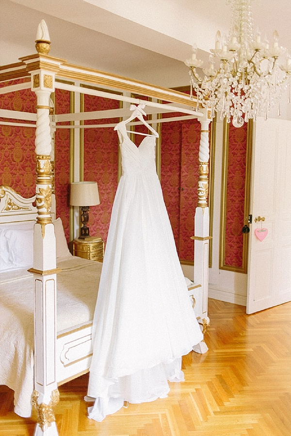 Floaty Pronovias Wedding gown