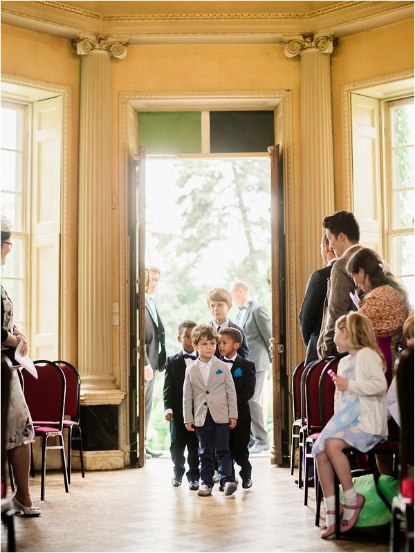 Junior wedding guests arrive before the ceremony