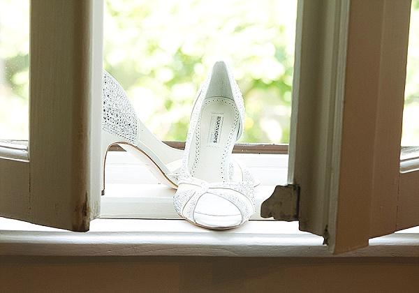 Simple bridal wedding shoes