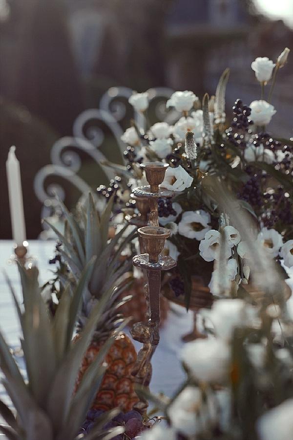 Unique table decorations pineapple