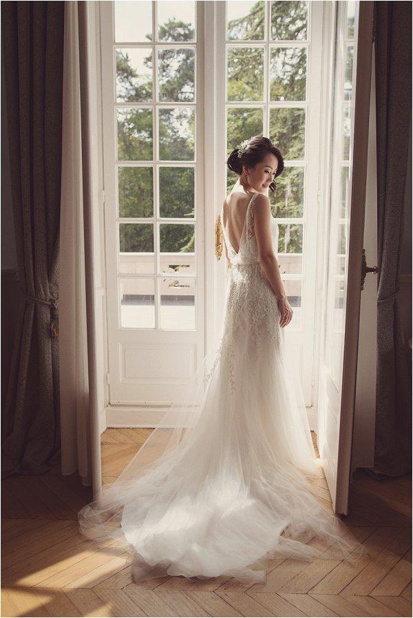 delicate pretty lace wedding dress