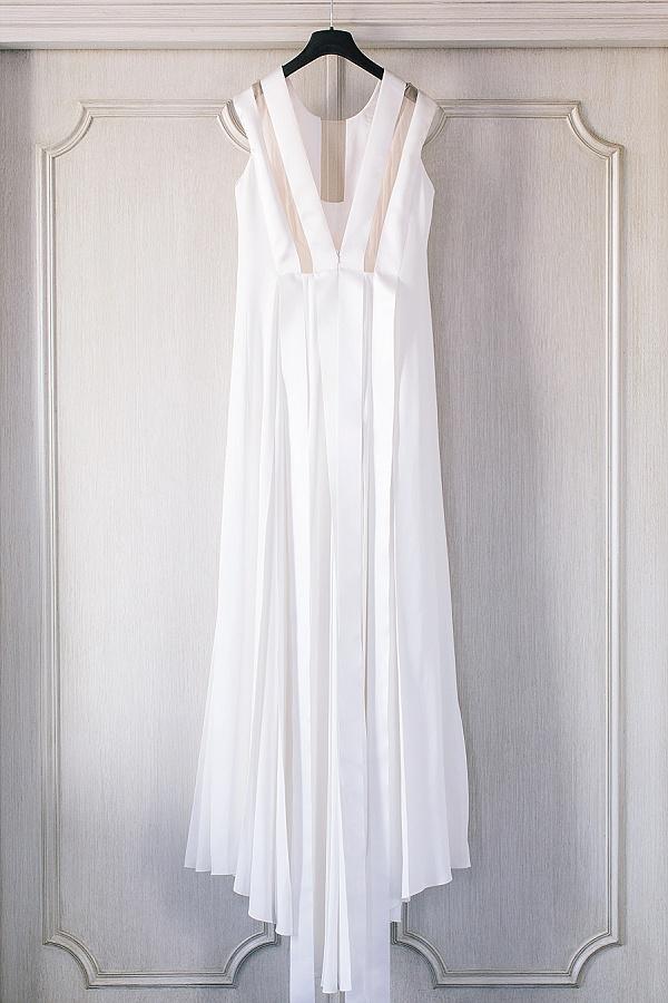 minimalist and streamlined wedding dress