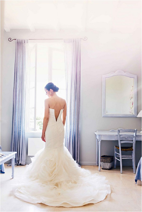 wedding dress bride in provence