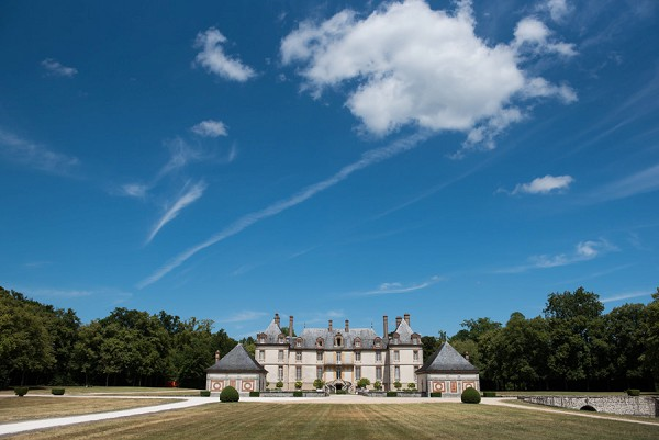 Chateau de Bourron wedding outside Paris