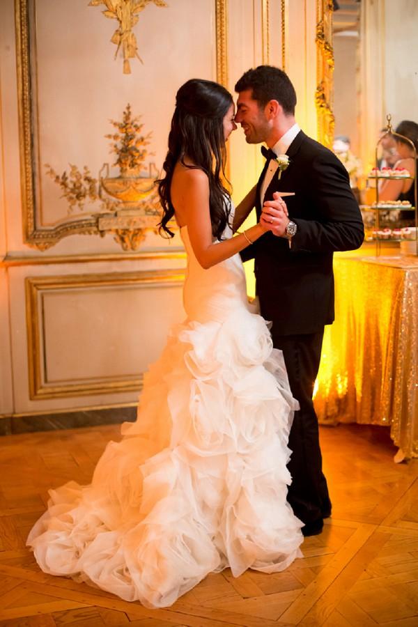 Gold and white decor theme wedding