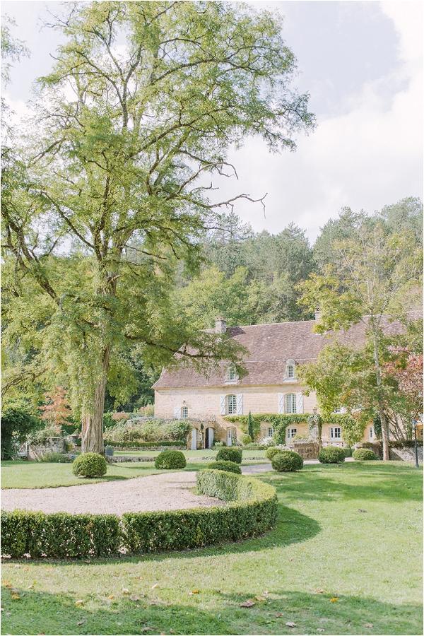 Picture perfect Dordogne Chateau wedding