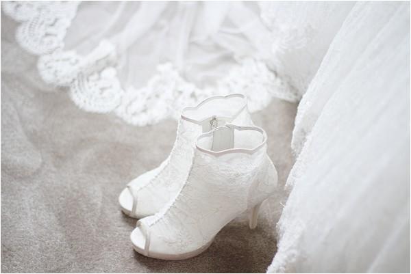 Rosa Clara lace wedding boots