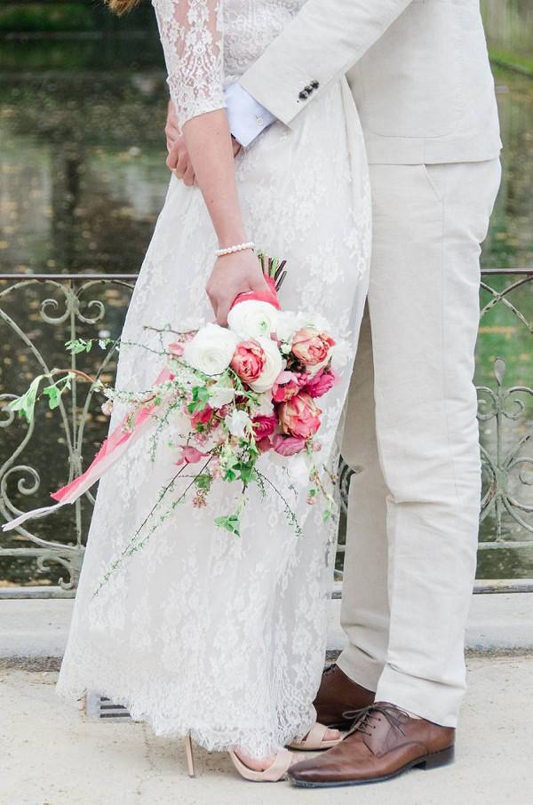 Stunning vibrant pink bridal bouquet