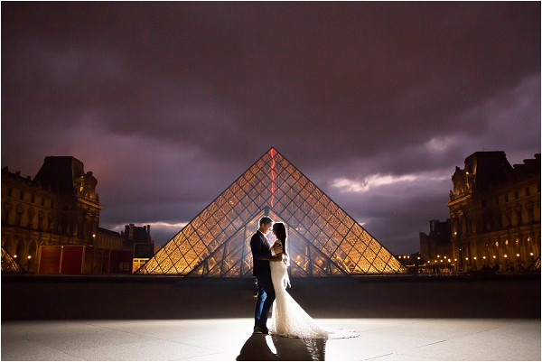 louvre photo session at night