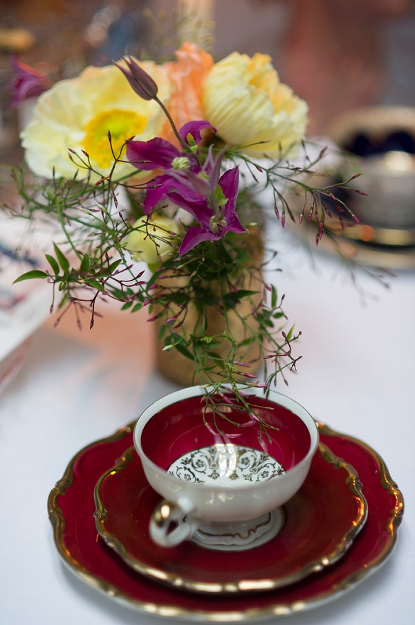 tea cup wedding details