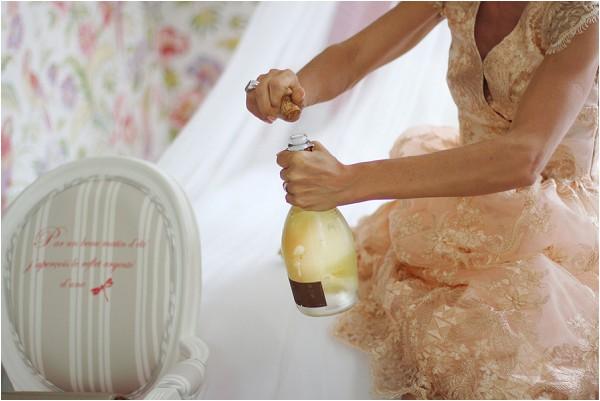 wedding day bridal champaigne