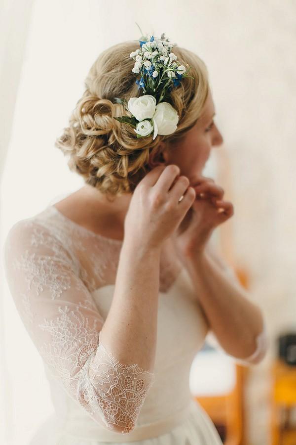 Bridal fresh flower hair piece
