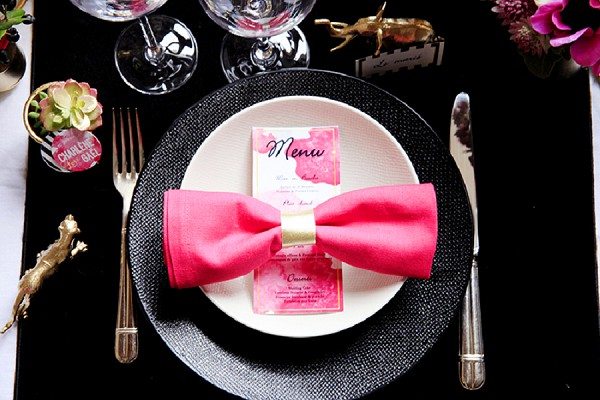 Fuchsia wedding table setting
